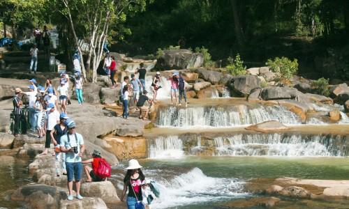 tour-thac-yang-bay