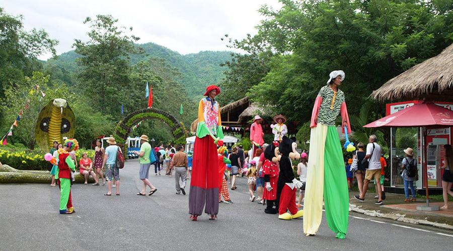 tour-thac-yang-bay-le-hoi